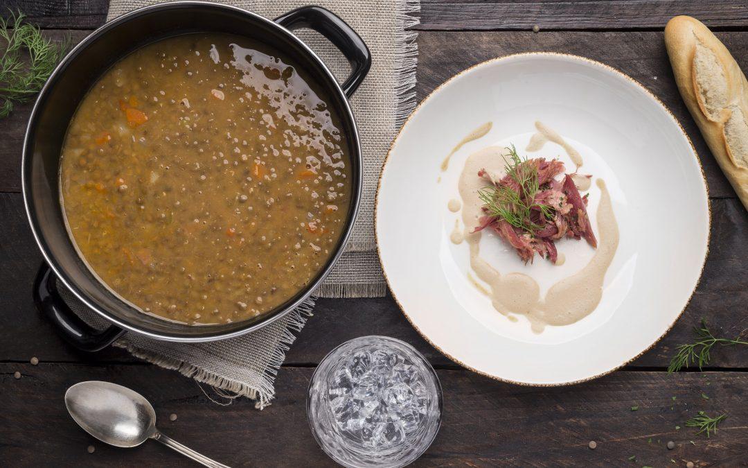 Receta: Lentejas estofadas con crema de foie y pato